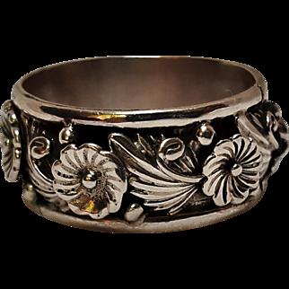 Frank David sterling silver Navajo ring flower blossom band