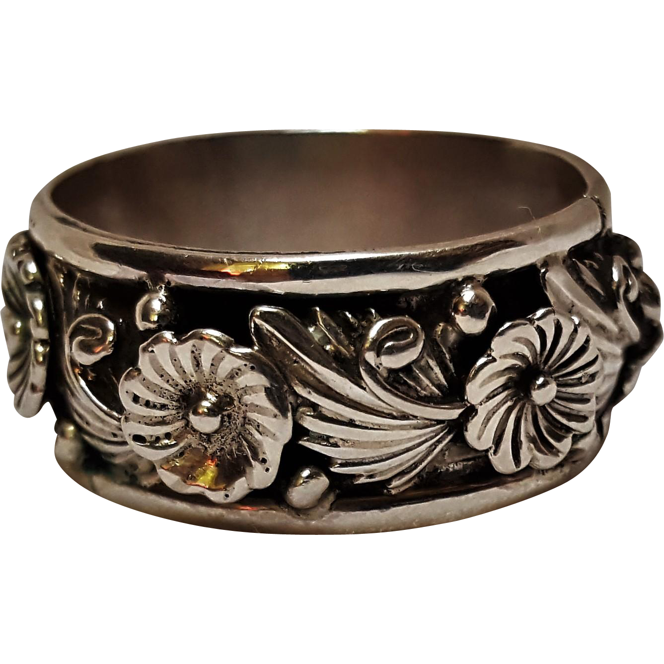 Frank David sterling silver Navajo ring flower blossom band