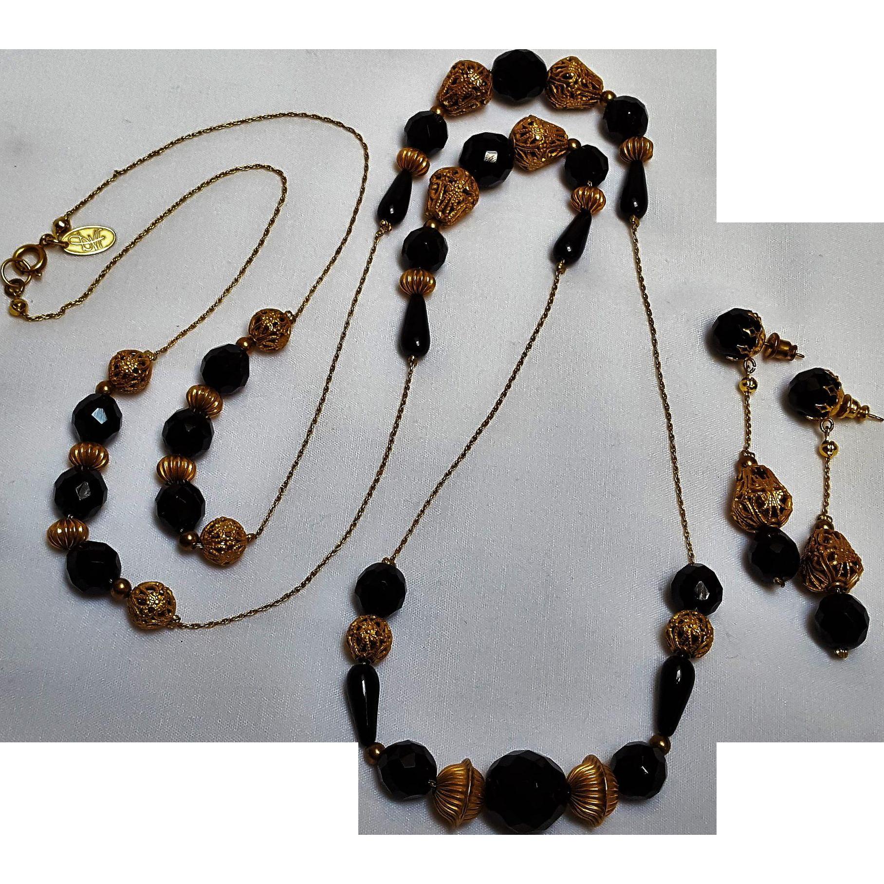 Diane Von Furstenberg necklace earrings set  black glass filigree beads