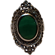 Sterling silver marcasite ring green stone