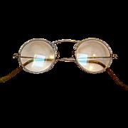 Embossed eye glasses 10K white gold pads