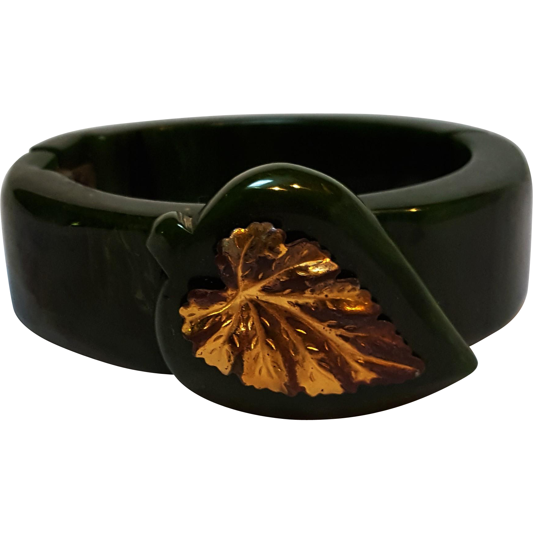 Bakelite clamper bracelet applied leaf marbled green