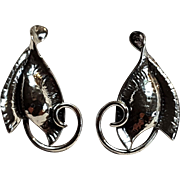 Jewel Art sterling silver leaf screw back earrings