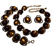 Brown moonglow insert lucite parure necklace bracelet clip earrings