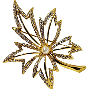 Napier rhinestone leaf pin simulated pearl center