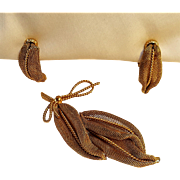 Napier mesh leaf twisted wire bow pin clip earrings set