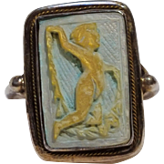 800 Silver carved mother of pearl cherub cameo ring painted blue