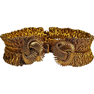 Vendome hinged bracelet finely woven golden wire