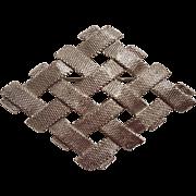 Napier pin basket weave mesh pin diamond shape