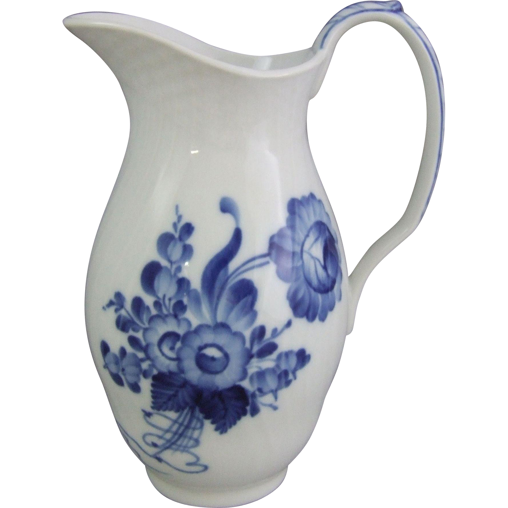 royal copenhagen danish porcelain blue flowers blaue blume milk jug from greencountry on ruby lane. Black Bedroom Furniture Sets. Home Design Ideas
