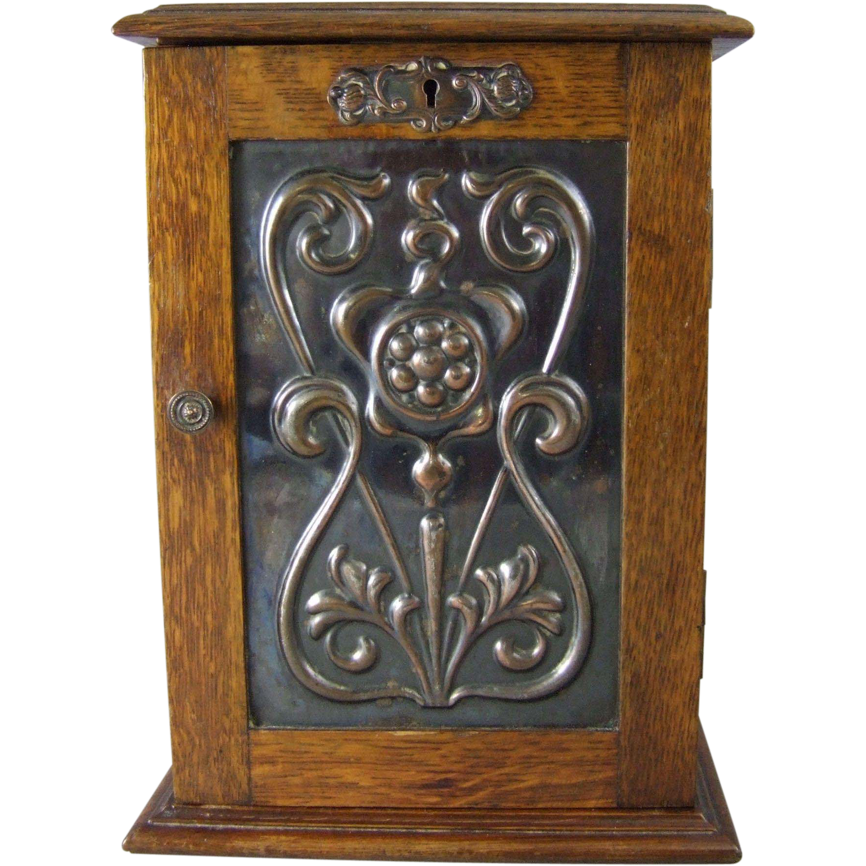 Circa 1912 Commemorative Presentation Tobacco Pipe Cabinet with Tobacco Humidor Jar from Woollen Mill Weavers