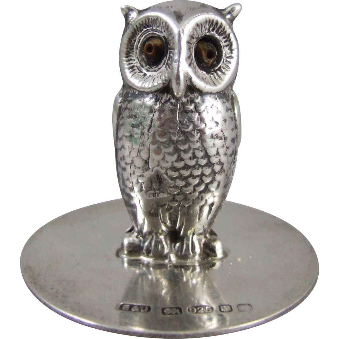 An English Sterling Silver Owl Menu Holder