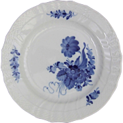 Royal Copenhagen Porcelain Denmark Blue Flowers Curved 1 106 620 Plate