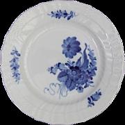 Royal Copenhagen Porcelain Denmark Blue Flowers Curved 1 106 620 Plate