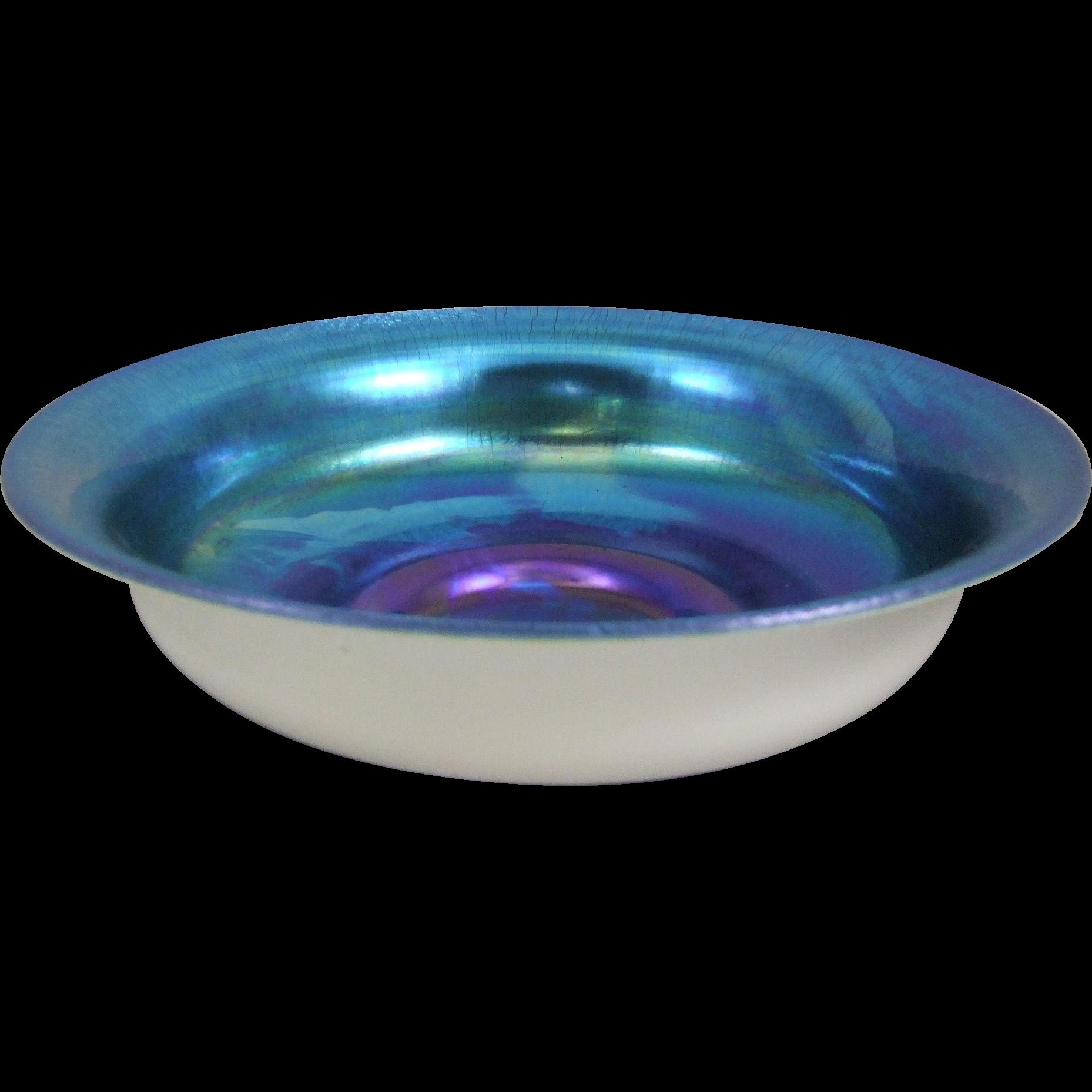 Steuben 5061 Blue Aurene on Calcite Center Bowl