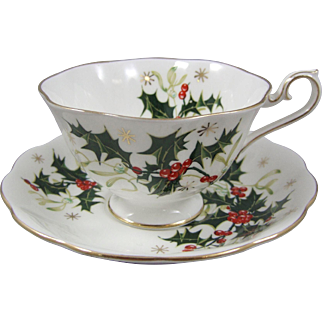Royal Albert Bone China Porcelain England Yuletide Cup and Saucer Set