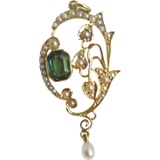 Gorgeous Asymetrical Pendant  15ct Gold peridot Seed Pearl Lavalier