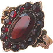 Antique Marquise Garnet Ring set in 9ct Gold