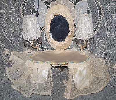 1920/30 Vanity Ribbon Roses Boudoir Table Lamp with Beaded Shades