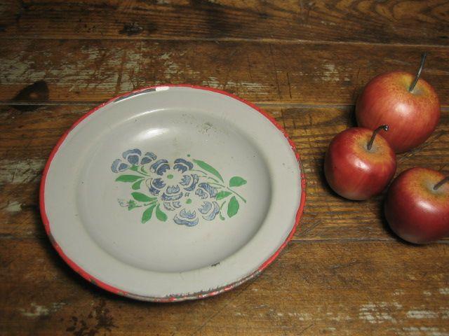 Sweet Old Enamelware Graniteware Child's Plate - Germany