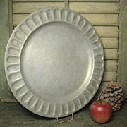 Gorgeous Vintage WILTON Pewter Plate - Columbia, PA
