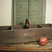 Great Old Primitive Farmhouse Wooden Tote w. Cubby Sections