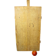 Granny's Early Old European Farmhouse Noodle Board with Handle