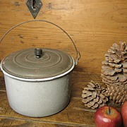 Early Old Large Size Gray Graniteware Berry Pail