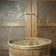 Gorgeous Antique Large Wooden Apple Basket from Maine – Wooden Bottom