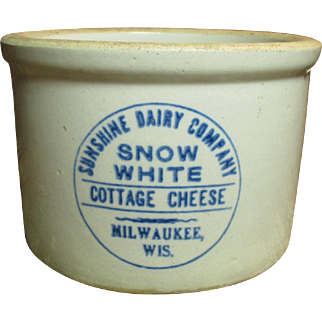 Super Old SNOW WHITE Cottage Cheese Advertising Crock - Sunshine Dairy Co. - Milwaukee, Wis.