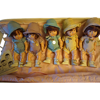 Madame Alexander Composition Toddler Dionne Quintuplets with BEd