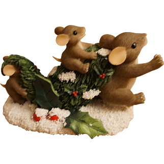 """Fitz & Floyd Charming Tails Mice """"Bringing Home the Tree"""" Figurine"""