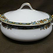 """Theodore Haviland Limoges France Covered Vegetable Dish """"Chanson"""", circa 1920s"""