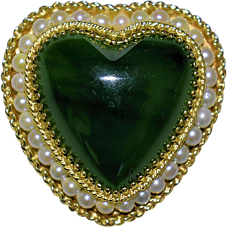 Vintage Chinese 14K Yellow Gold Spinach Jade Pearl Heart Pendant or Brooch Pin Weight 14.2 Grams