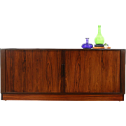 Rosewood Midcentury Modern Vintage Sideboard Credenza China Cabinet TV Console