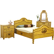 Victorian Antique Cottage 3 Pc. Bedroom Set, Grain Painted Pine
