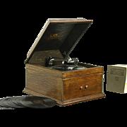 Victor Oak Tabletop 1915 Antique VVIX Victrola Phonograph & Records