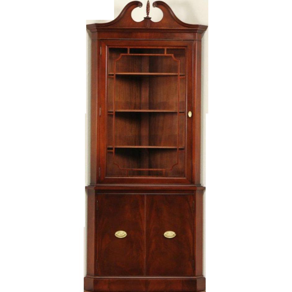 Georgian 1940's Vintage Mahogany Corner Cabinet