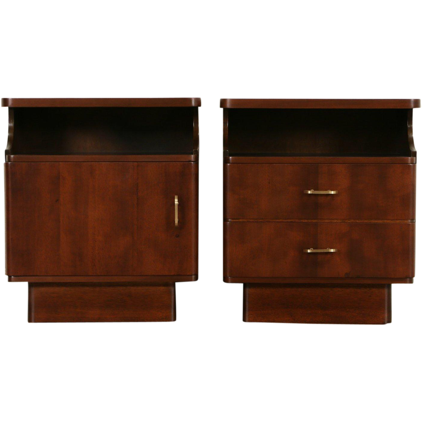Midcentury Modern Pair of Nightstands or End Tables, 1950's Vintage