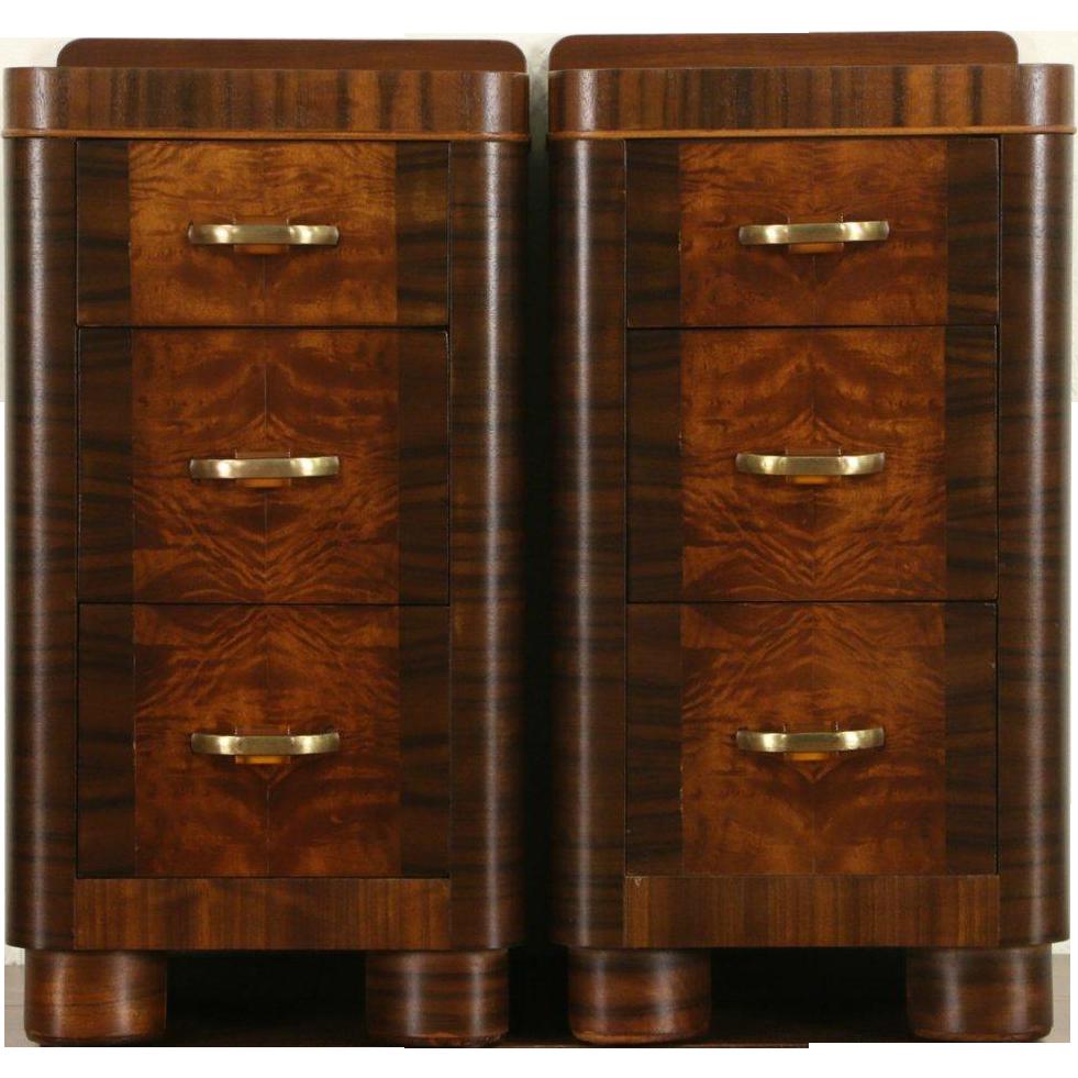 Pair of Art Deco 1940 Vintage Mahogany and Burl Nightstands