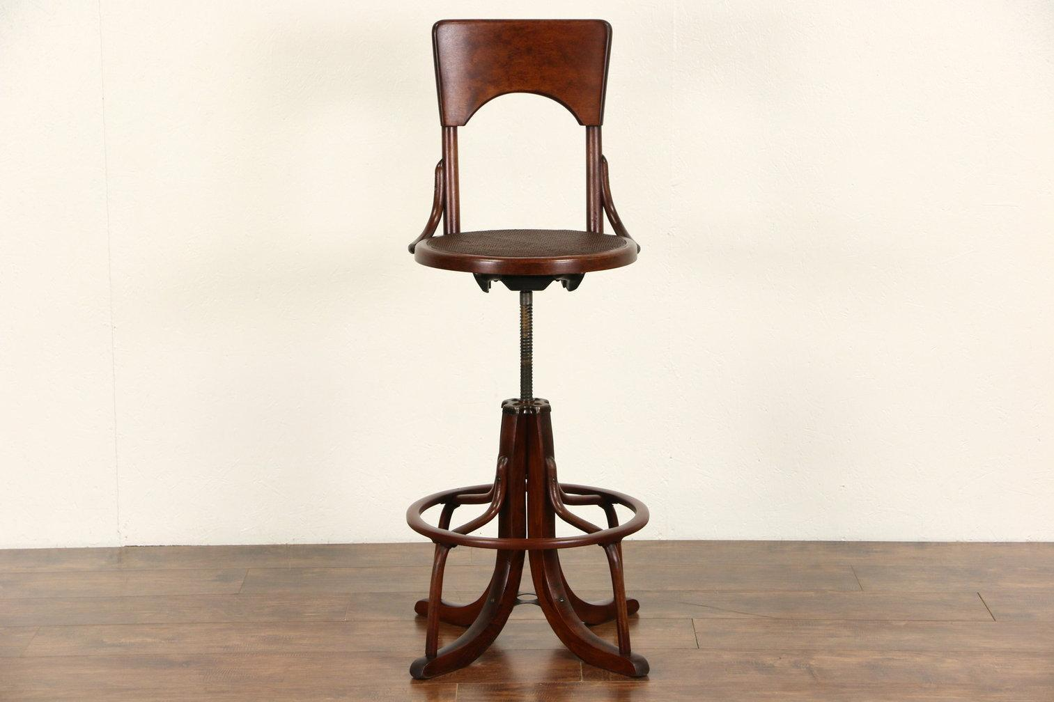 Roll over Large image to magnify, click Large image to zoom - Swivel 1920's Antique Architect, Artist Or Drafting Stool With