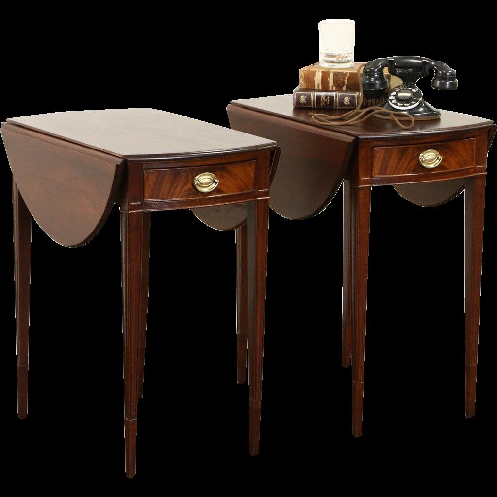 Pair of 1930 Vintage Mahogany Dropleaf End or Lamp Tables or Nightstands
