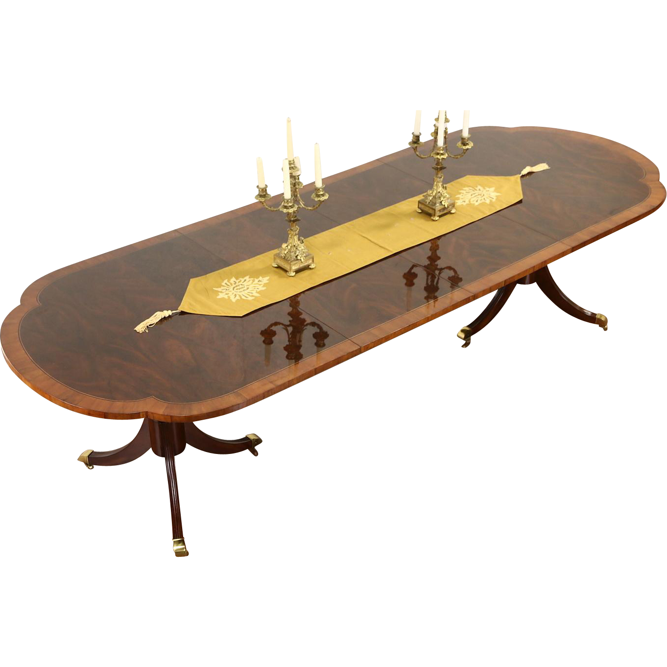 Hekman Signed Copley Square Dining Table, Banded Mahogany, 2 Leaves