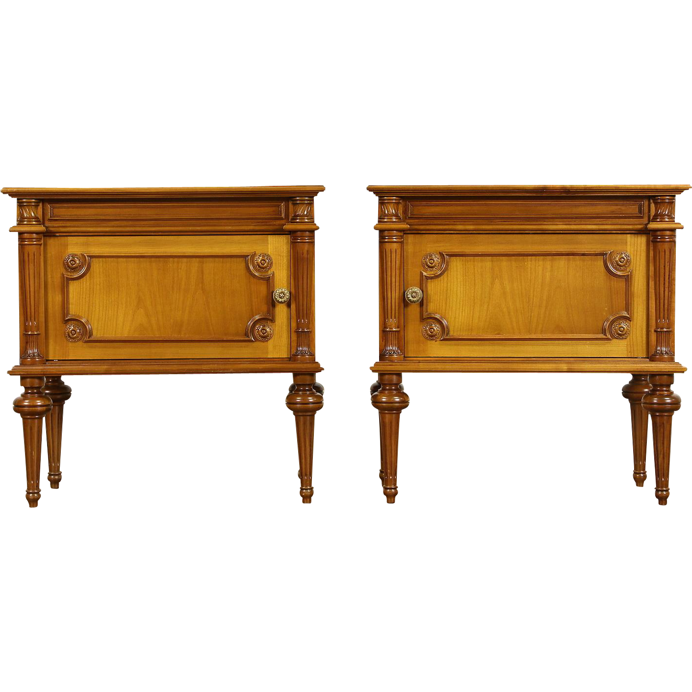 Pair of Classical Italian Vintage Fruitwood Nightstands or End Tables