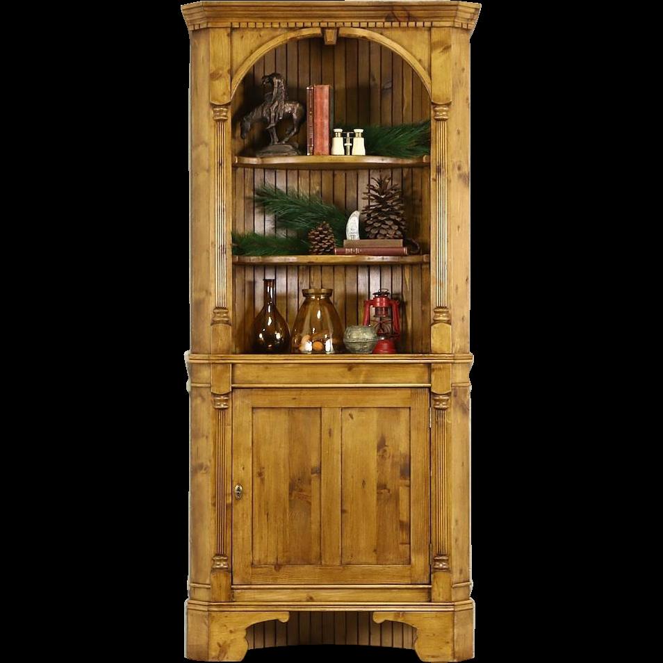 Pine Traditional Vintage Corner Cabinet, Fluted Columns