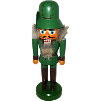 Erzgebirge Soldier Wood Nut Cracker