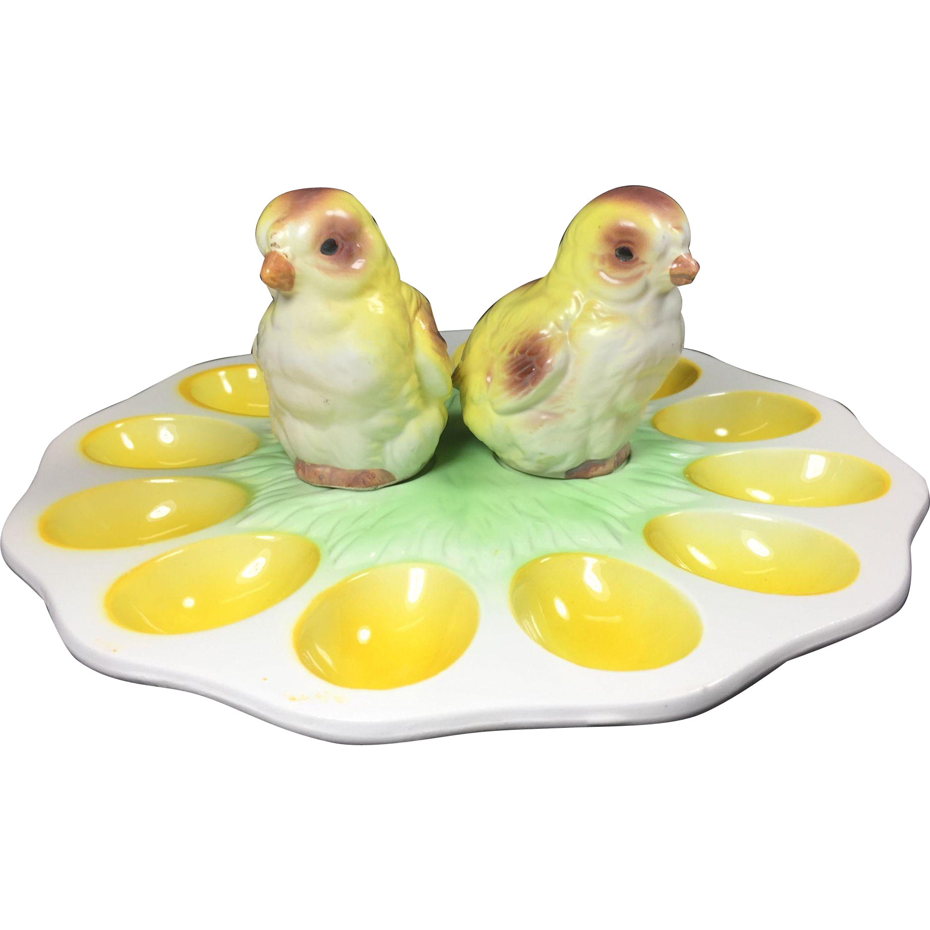 Vintage Chick Salt & Pepper Shakers on Egg Plate