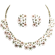Vintage Flower Necklace & Earrings Pink & White Plastic