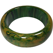 Vintage Bakelite Bangle Bracelet Inky Green Gold Swirl Wide