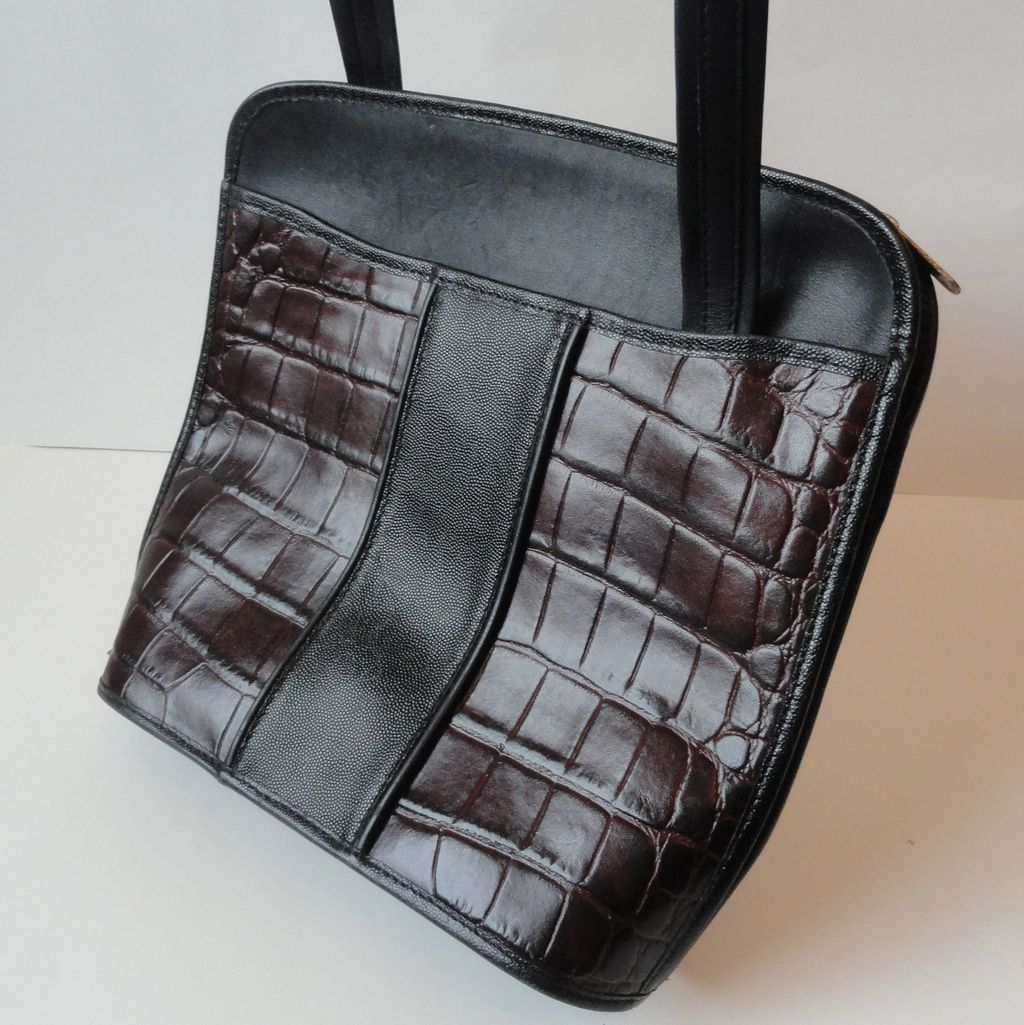 American Executive Black & Burgundy Leather Crossover Mailbag Purse